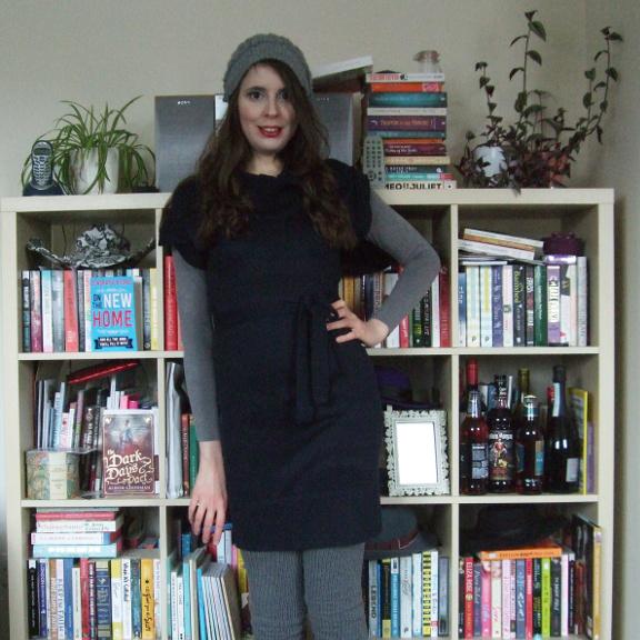 navy blue dress, blue dress, jumper dress, sweater dress, H&M jumper dress, knitted dress, knit dress